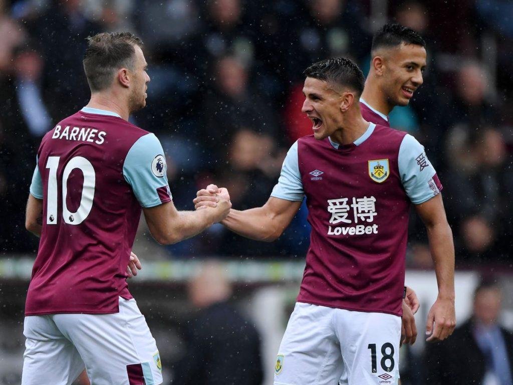 Burnley có chiến thắng tưng bừng 3-0 trước Southampton ở vòng đấu trước
